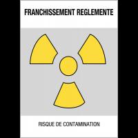 """Panneaux de danger """"Matières radioactives ou radiations ionisantes - franchissement réglementé"""""""