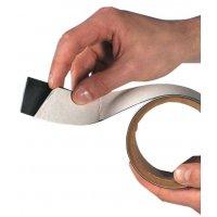 Bandes magnétisables à fixation adhésive en rouleaux