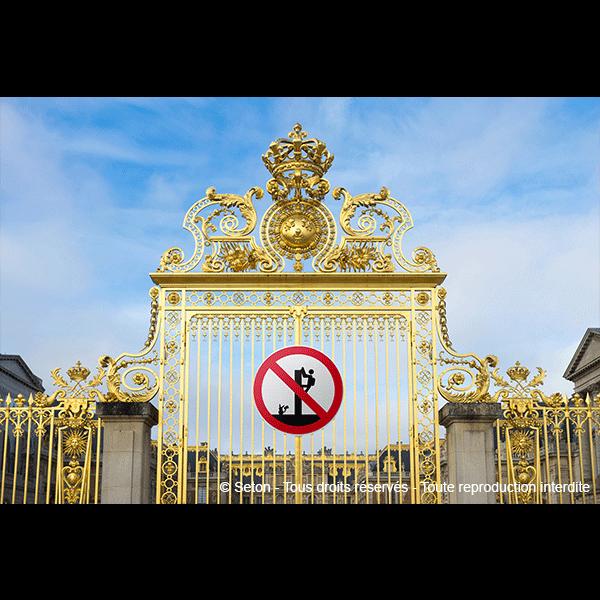 Panneaux et autocollants : les dangers du smartphone - Panneaux et pictogrammes Interdiction
