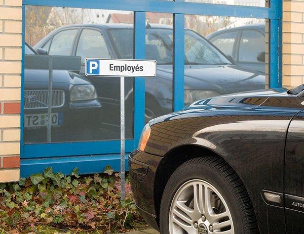 Panneau type plaque d'immatriculation Places de parking personnalisable en ligne - Signalétique extérieure personnalisée