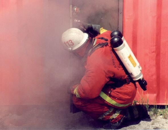 Fumigènes d'exercice pour formation au feu