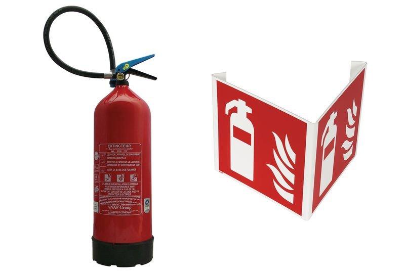 Kit extincteur à eau avec additif et signalisation