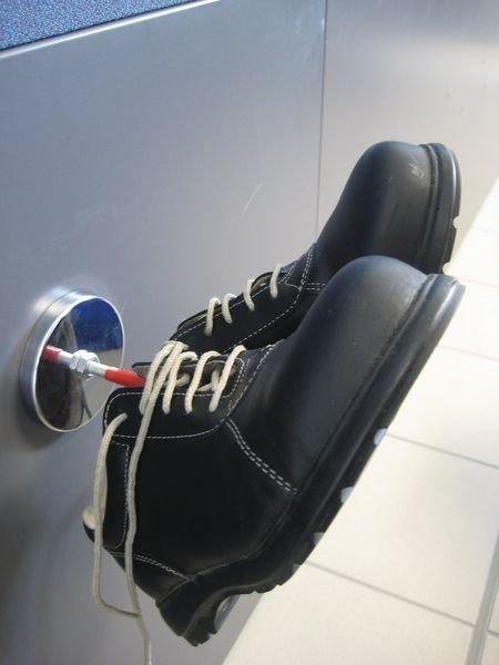 Crochet magnétique pour chaussures ou casque de sécurité - Seton