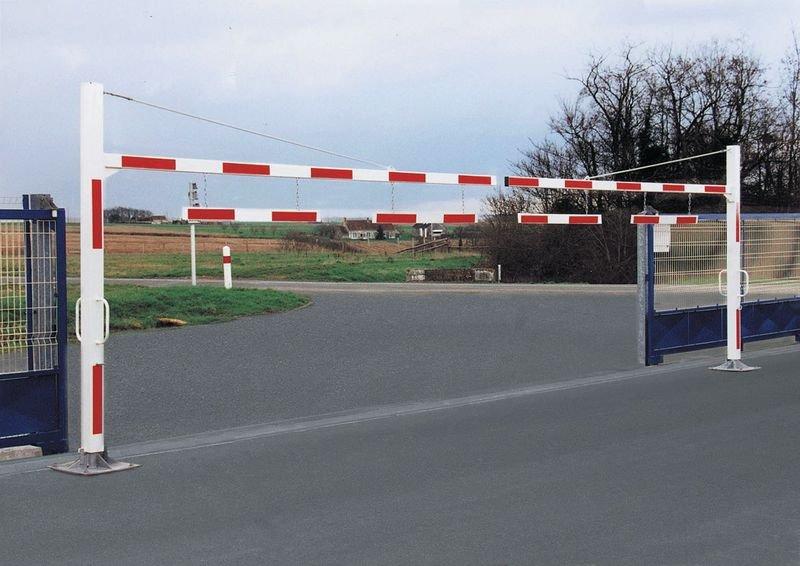 Bavette de limitation de hauteur pour portique de parking - Seton