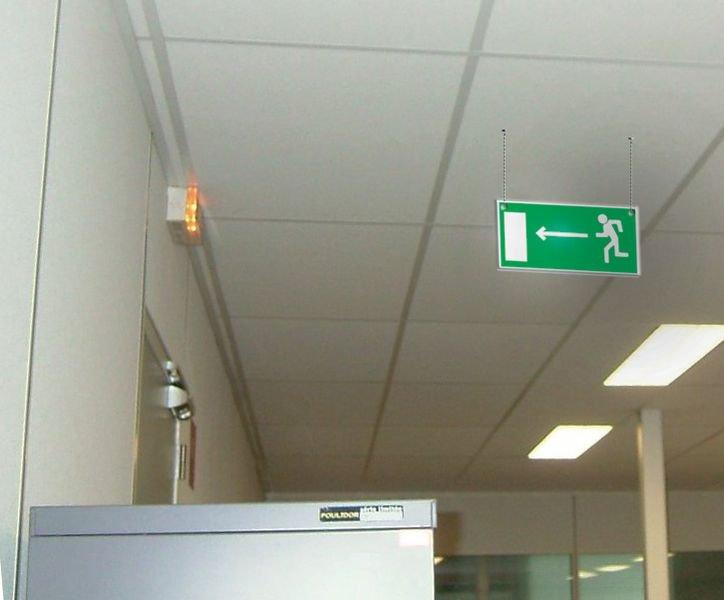 Panneau d'évacuation suspendu Homme qui court, flèche à gauche et à droite - Seton