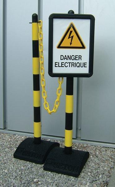 Kit de délimitation de zone de travail avec poteaux, chaîne, panneaux