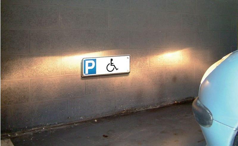 Panneau de parking rétroréfléchissant en PVC Parking handicapés - Seton