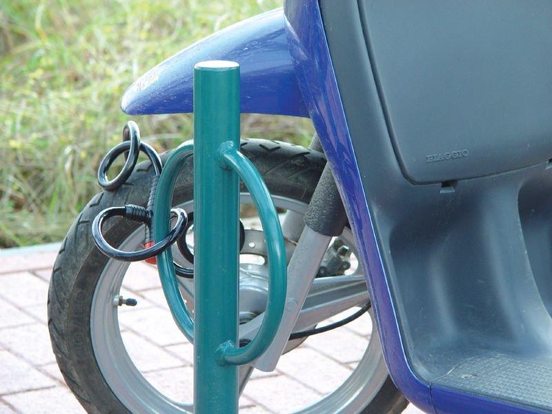 Range vélos sur pieds avec borne antivol pour tous types de 2 roues - Seton