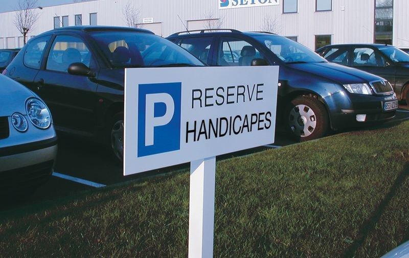 Panneau de parking en aluminium Places de parking - Réservé handicapés - Seton