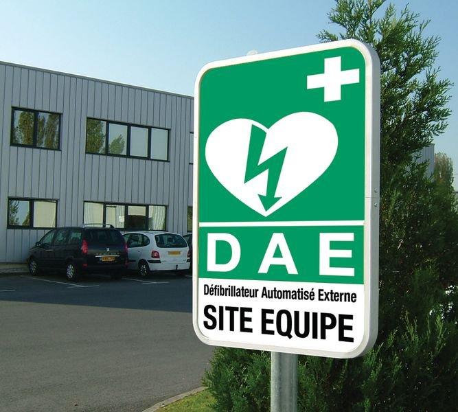 Panneau rétroréfléchissant Défibrillateur automatique externe pour le cœur - Site équipé - Seton