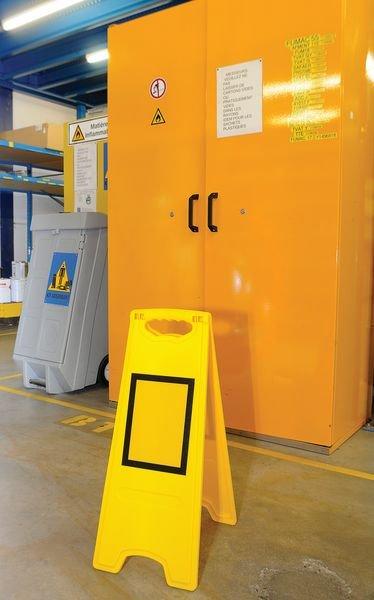 Chevalet de signalisation de danger vierge avec insert magnétique