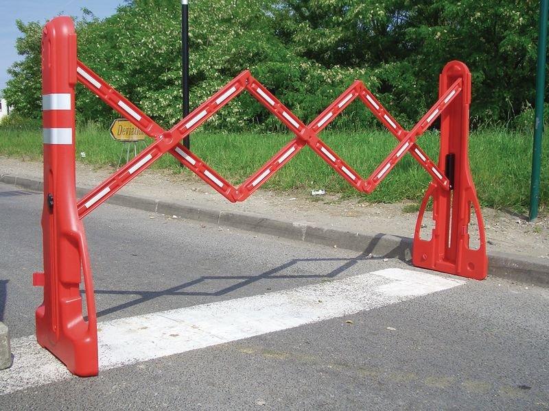 Barrière extensible transportable et lestable de 2,25m - Seton