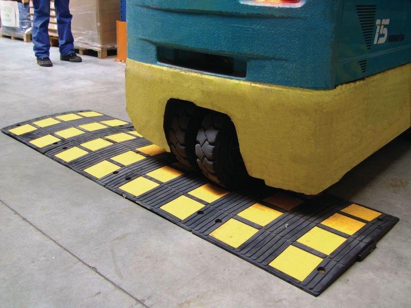 Ralentisseur monobloc spécial entrepôt pour chariots élévateurs - Seton