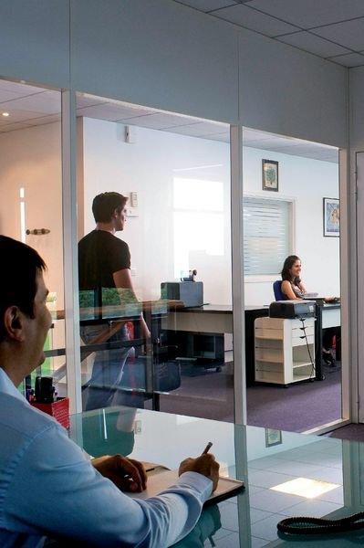 Film miroir sans tain adhésif pour vitres - Films de sécurité pour vitres
