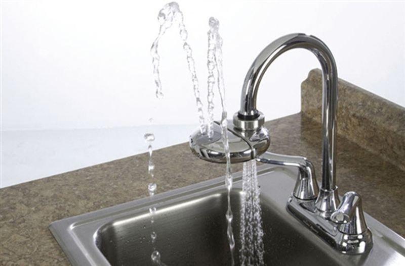 Lave-yeux adaptable pour robinet - Seton