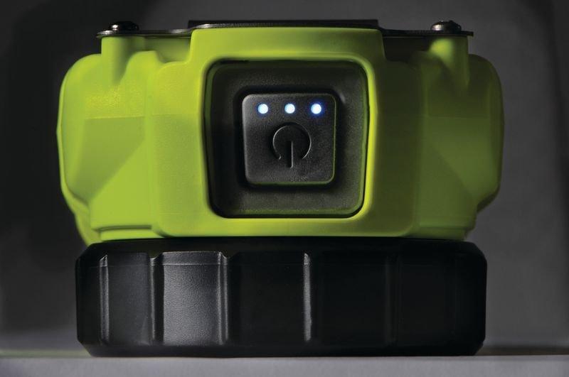 Lampe torche projecteur PELI™ - Signalisation lumineuse pour chantier