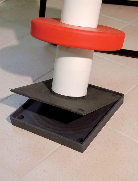 Poteau flexible avec bagues de protection en élastomère - Poteaux de protection
