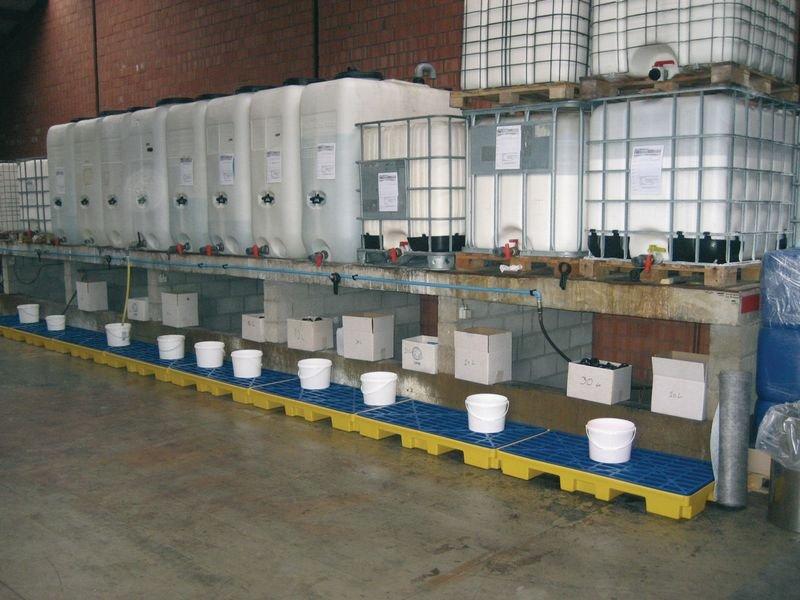 Plateforme de rétention en polyéthylène 2 fûts - Armoires de sécurité, rétention, stockage de produits dangereux