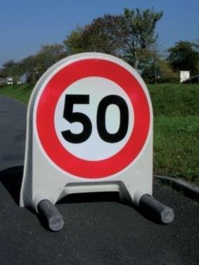 Panneau de signalisation temporaire en polypropylène Interdiction de tourner à droite à la prochaine intersection - Seton