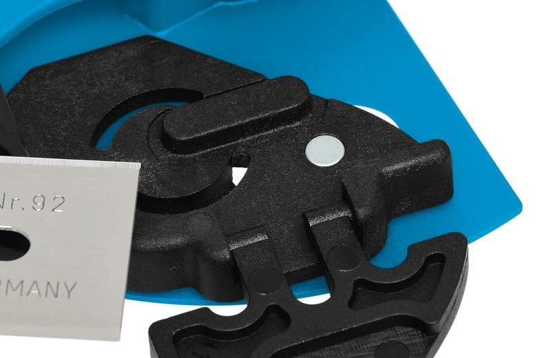 Cutter à gâchette avec lame rétractable automatique Martor® Secupro Merak - Distributeurs d'étiquettes, cutters de sécurité, et autres matériels de manutention