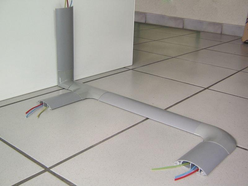 Accessoires pour protège-câbles rigide avec capot amovible