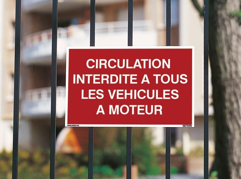Panneau Circulation interdite à tous les véhicules à moteur - Seton