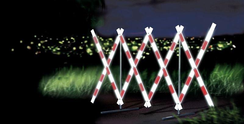 Barriera estensibile portatile riflettente rossa e bianca