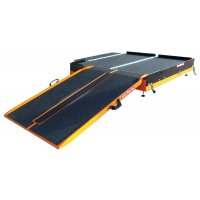 Piattaforma per rampa d'accesso pieghevole