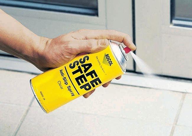 Antiscivolo trasparente in spray SafeStep per traffico pedonale leggero - Vernice antiscivolo
