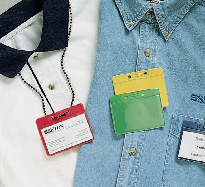 Bustine portabadge in plastica flessibile e retro colorato - Seton
