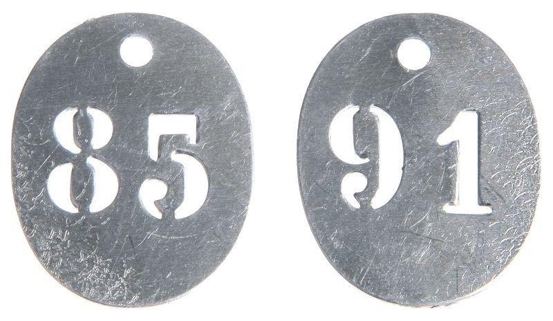 Piastrine di marcatura prenumerate in metallo traforato
