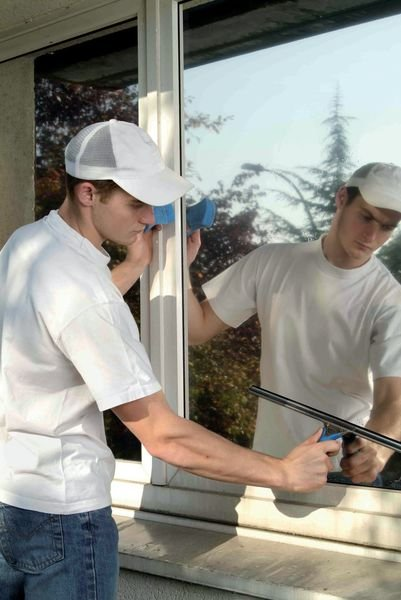 Pellicola adesiva a specchio per vetri - Soluzioni per la marcatura di suolo, pareti e vetri