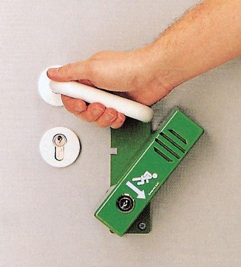 Dispositivo di allarme per porta