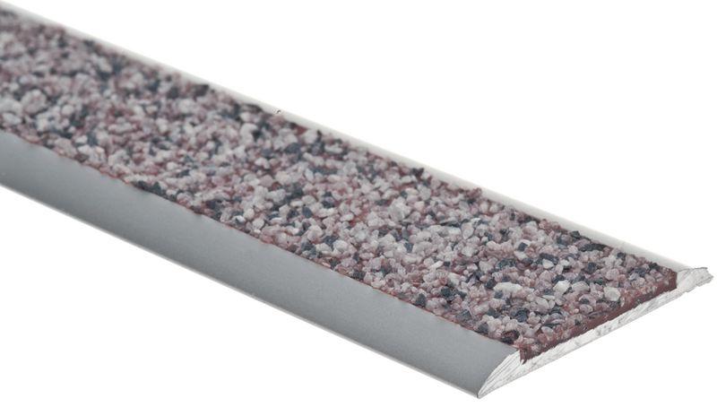Profilo in alluminio con inserto minerale antiscivolo