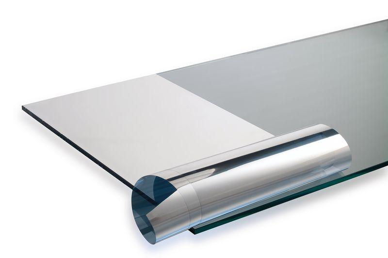 Pellicola solare adesiva per vetri