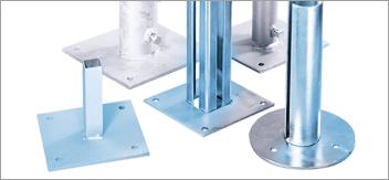 Sistemi di fissaggio al suolo per pali, barriere …
