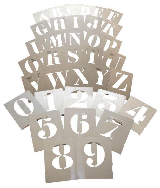 Sjablonen van aluminium met cijfers en/of letters
