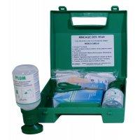 EHBO-koffer met oogspoelflessen met zoutoplossing