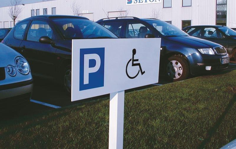 Aluminium parkeerborden op paal Parkeerplaats gehandicapten - Seton
