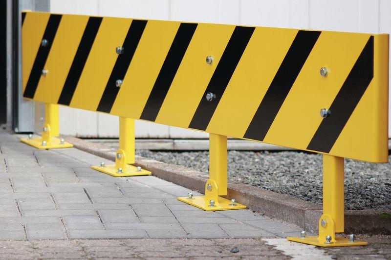 Balustrade regelbaar in de hoogte - Aanrijdbeveiliging