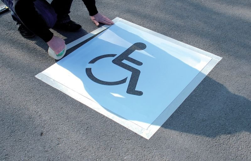 Kit met sjabloon en markeringsverf Personen met een handicap - Sjablonen voor markering van vloeren of muren