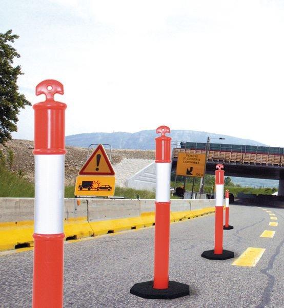 Verplaatsbare signalisatiepaal met opening voor ketting - Seton