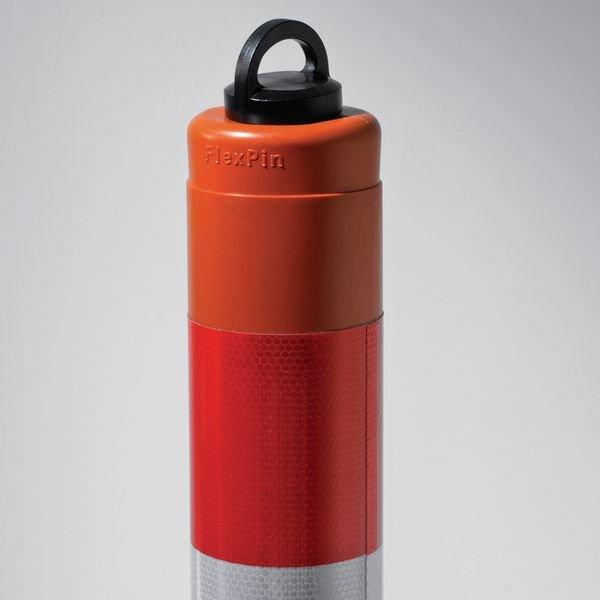Flexibele rood witte afzetpaal met kettingoog - Verkeerspalen