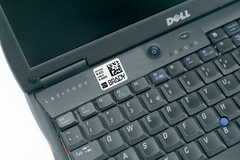 Personaliseerbare stickers met QR-cdoe/Datamatrix