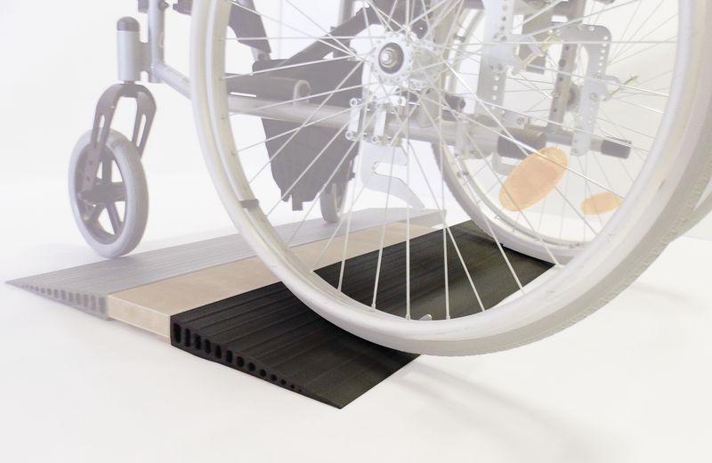 Mini oprijplaat voor rolstoel in rubber