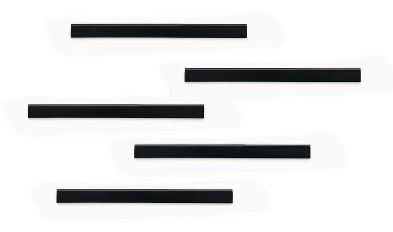 Klevende rail voor magnetische bevestiging van documenten