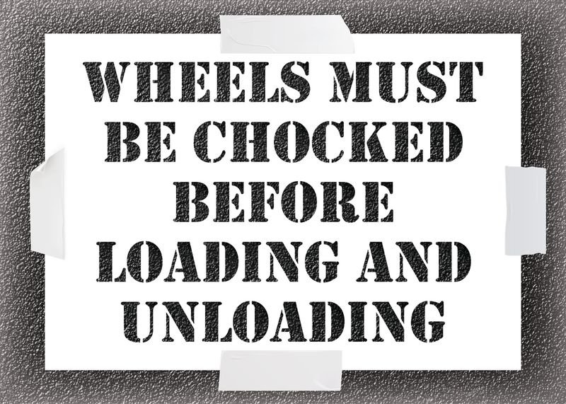 Wheels Must Be Chocked Stencil Kit
