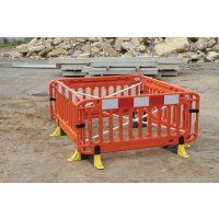 JSP® Titan Safety Barrier with Anti-Trip Feet