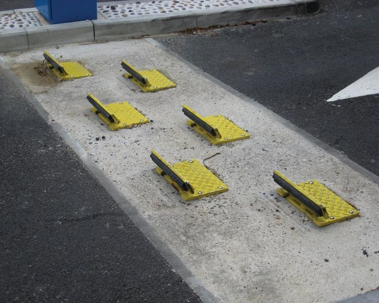Traffic Flow Plates - Speed Bumps & Parking Blocks