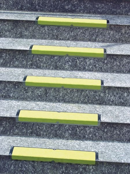 Hi-Visibility Aluminium Anti-Slip Stair Nosings